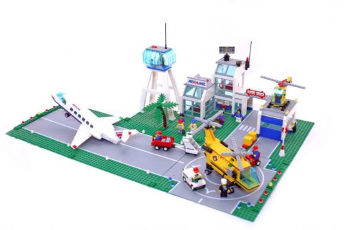 lego creator 3 in 1 helicopter with Lego City 10159 Lego City Airport on 2013 12 01 archive additionally Lego City 10159 Lego City Airport likewise Transporte De Helicoptero 3 En 1 Lego Creator 31043 further 2013 12 01 archive likewise Playmobil 4428 Helicoptero Y Lancha De Salvamento Maritimo.